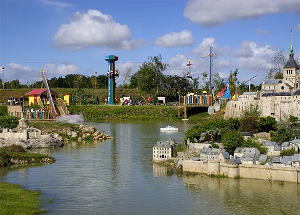 zone with attractions at park France Miniature